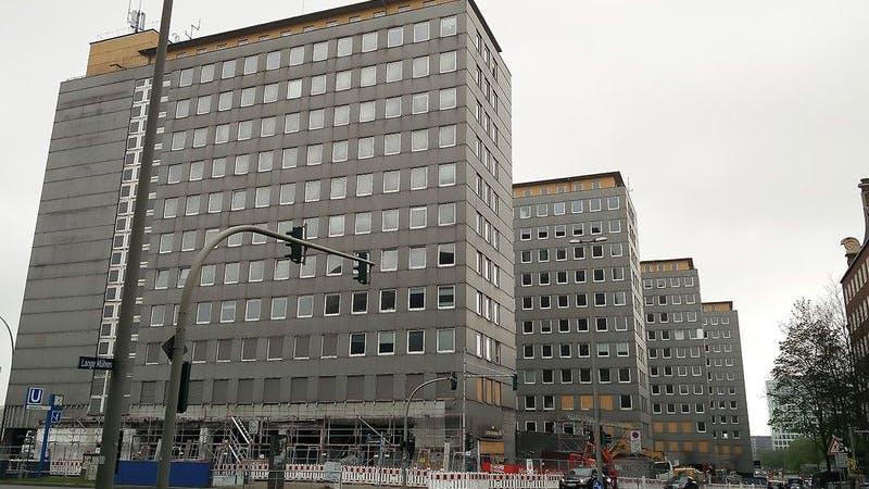 Der Abriss der City-Hochhäuser beginnt