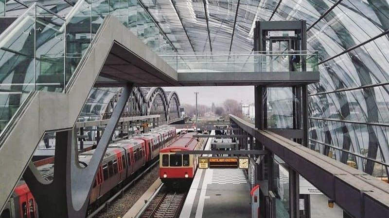 Bahnhof, Station Elbbrücken