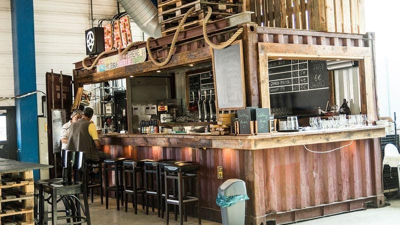 Die Bar in der Landgang-Brauerei