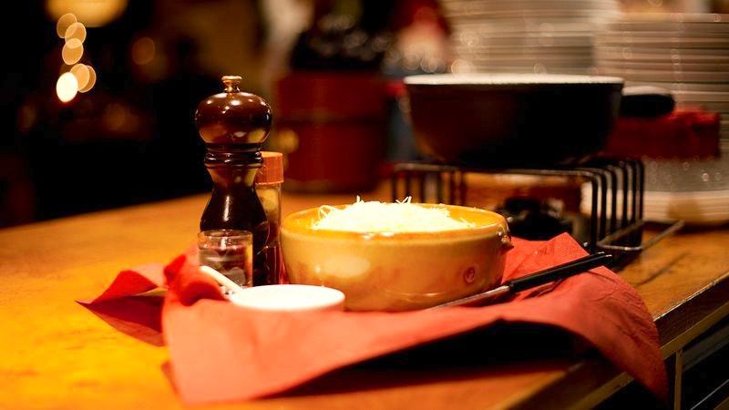 Käsefondue in den Lehmitz Weinstuben