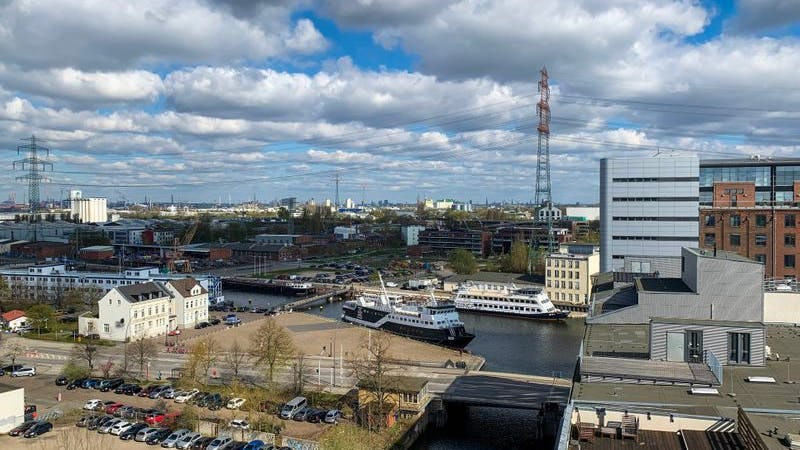 Blick auf den Harburger Binnenhafen