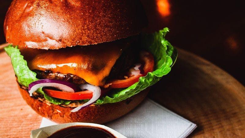 Burger mit Dip