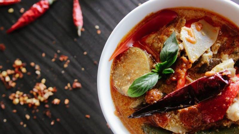 Thai Food, Thailändisches Essen, Curry, Symboldbild