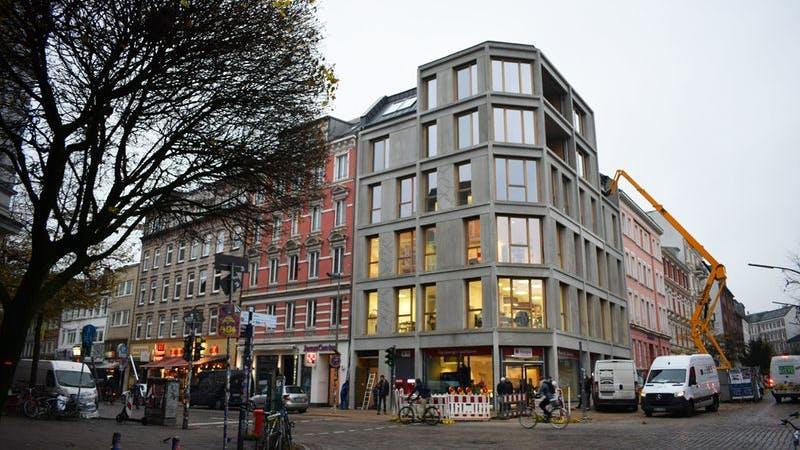 Das neue Gebäude der Haspa am Schulterblatt
