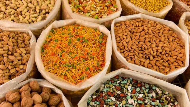 Säcke mit persischen Leckereien