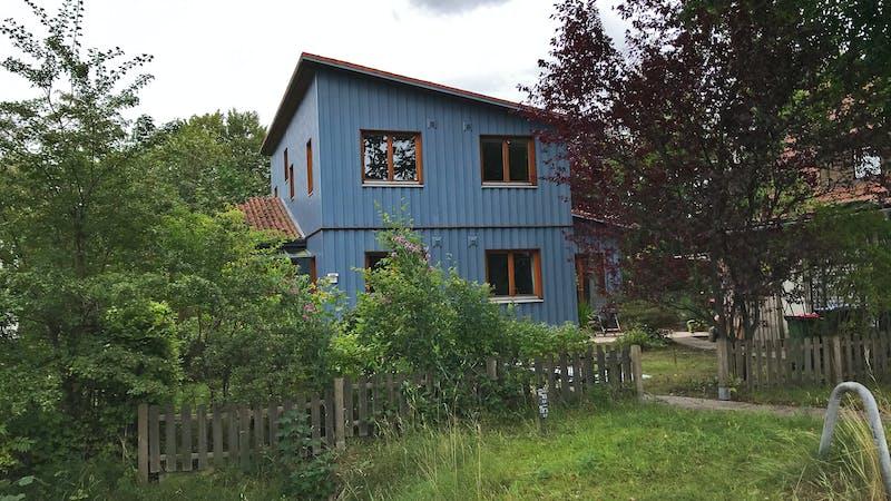 Blaues Wohnhaus in Niendorf
