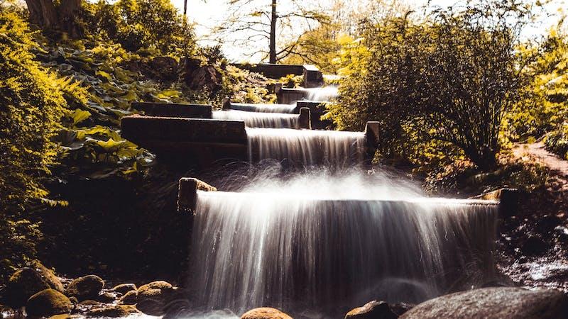 Wasserfall in Planten un Blomen