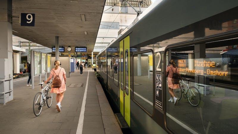 Nahverkehr Hamburg Bahnhof